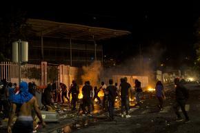 Dégradations dans Fort-de-France, affrontements entre bandes incontrôlées et forces de l'ordre