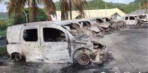 24 véhicules du centre de tri de la ville du Roberts partis en fumés