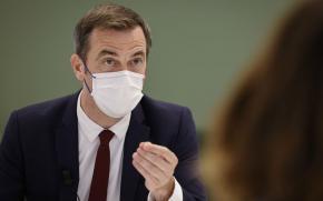 """Olivier Véran, ministre de la santé :  """"il est urgent de se faire vacciner"""""""