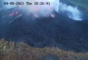 Saint-Vincent : le volcan la Soufrière menace d'entrer en éruption